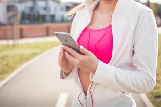15 бесплатных приложений для занятий спортом: бег, фитнес, йога и силовые тренировки