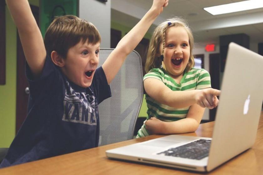 Топ 15 лучших онлайн-курсов программирования для детей: обучающие ...